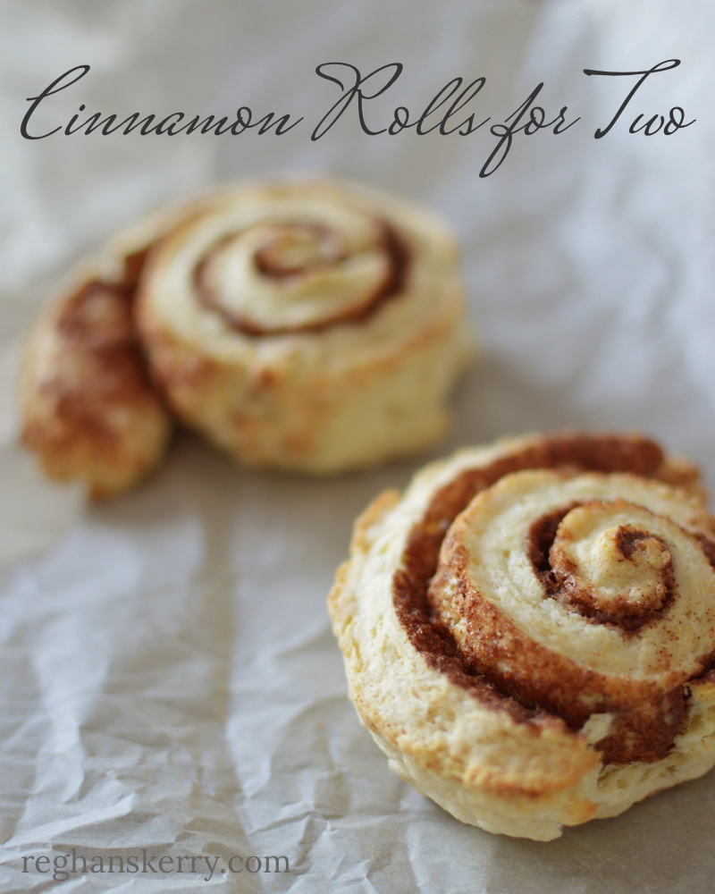 Cinnamon Rolls for Two | reghanskerry.com